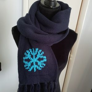 Rue 21 navy blue scarf. One size